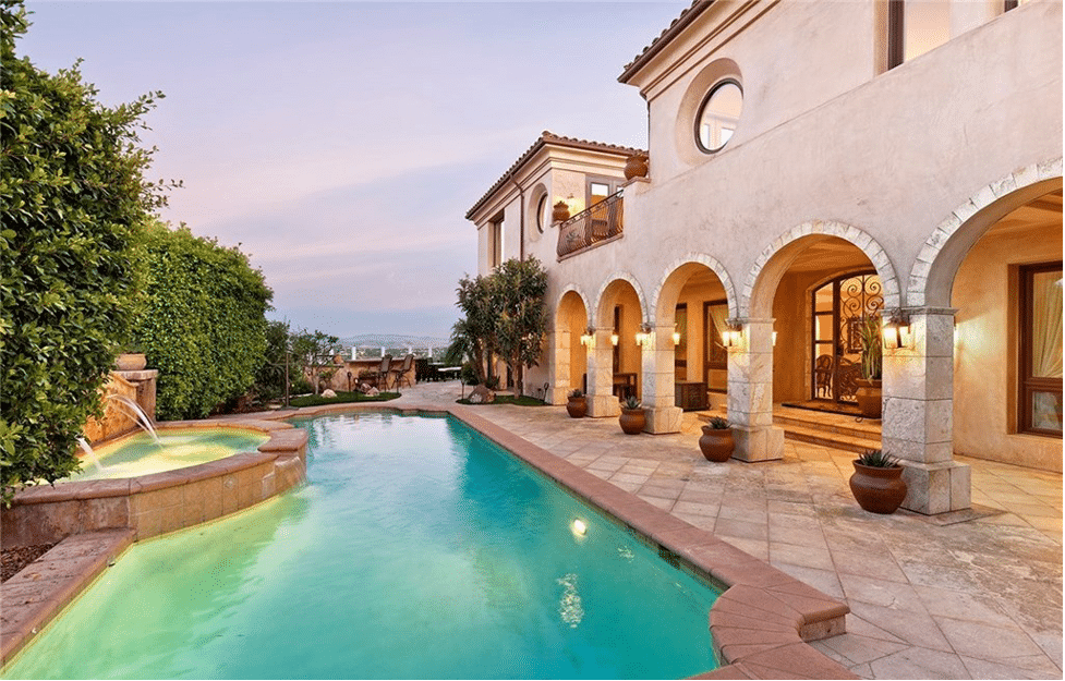 Backyard Of 2 Vista Montemar, Laguna Niguel With Pool.